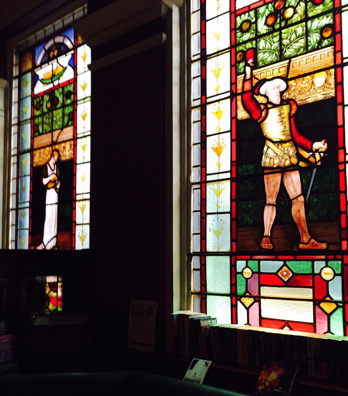 Northern-Niche-Crown-Posada-Stained-Glass-Windows