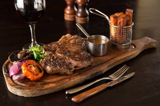 northern-niche-best-places-for-steak-north-rib-room-ramside