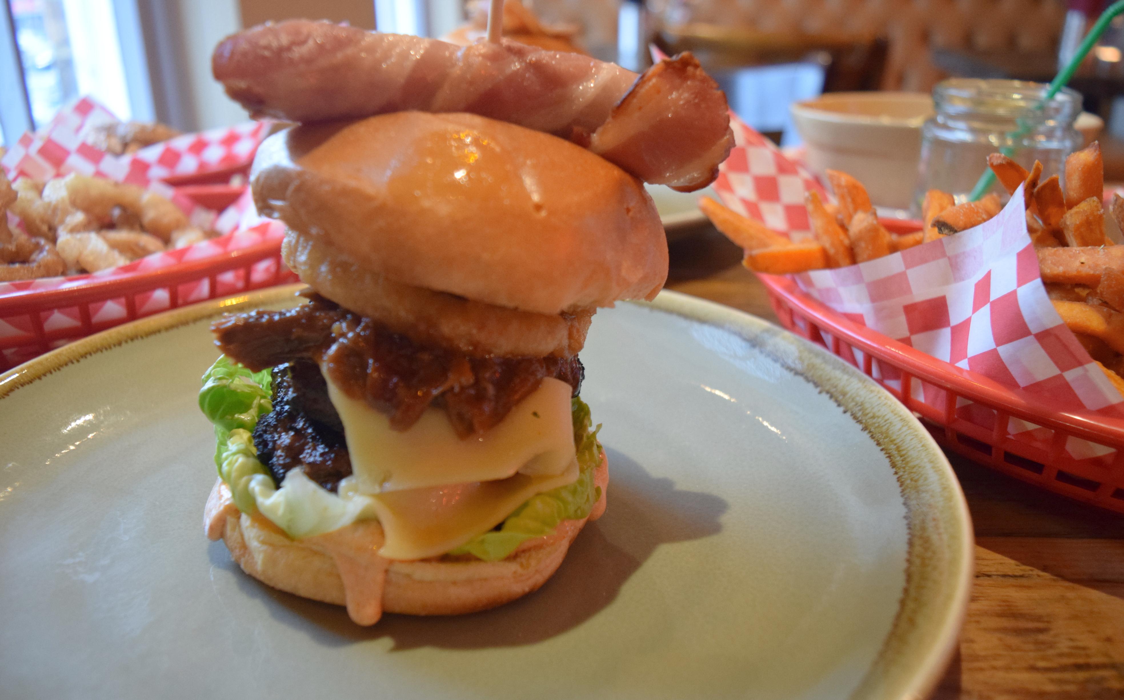 northern-niche-oi-polloi-burger